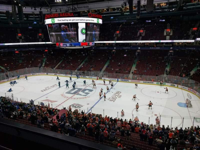 Vistas desde el asiento para Rogers Arena Sección 321 Fila 3 Asiento 102