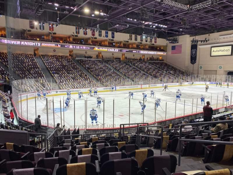 Vistas desde el asiento para Orleans Arena Sección 107 Fila H Asiento 3