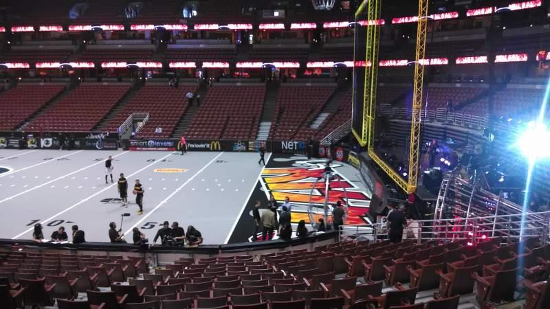 Honda Center, sección: 219, fila: S, asiento: 8