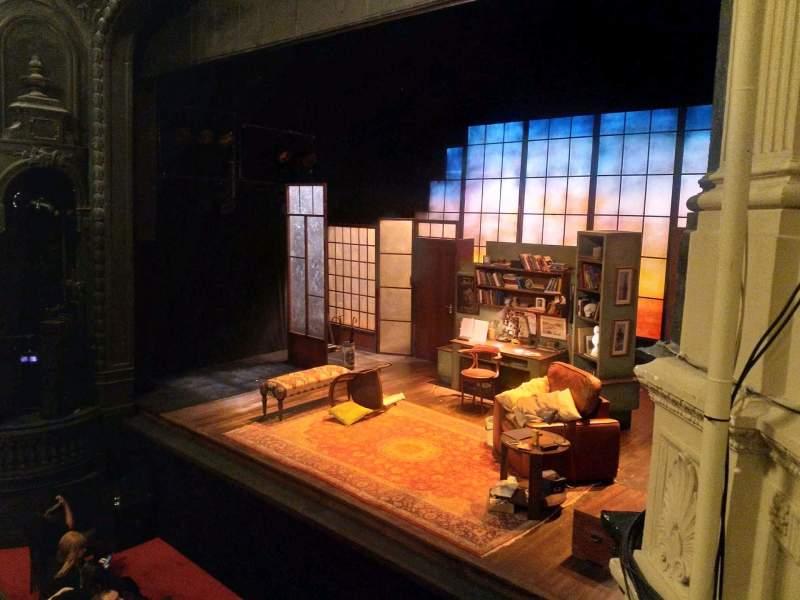 Vistas desde el asiento para Ambassadors Theatre Sección Circle Fila C Asiento 4