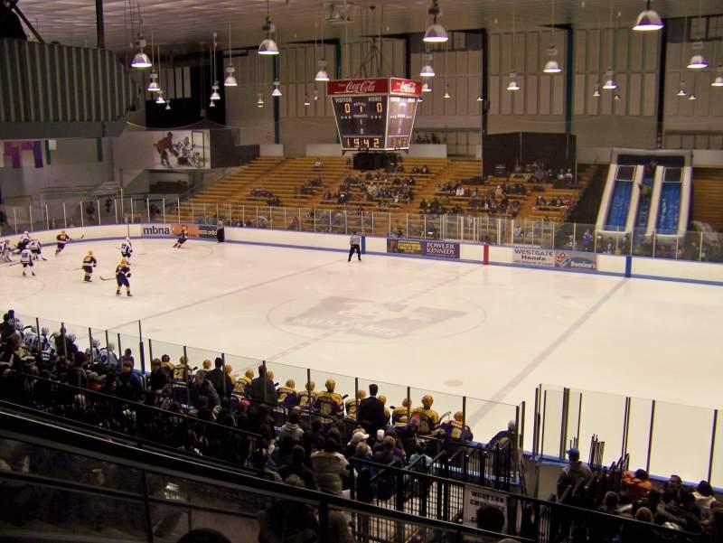 Vistas desde el asiento para Thompson Arena (Western)