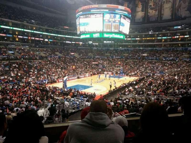 Staples Center, sección: 214, fila: 4, asiento: 7