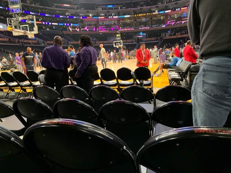 Vistas desde el asiento para Staples Center Sección 105 Fila D Asiento 3