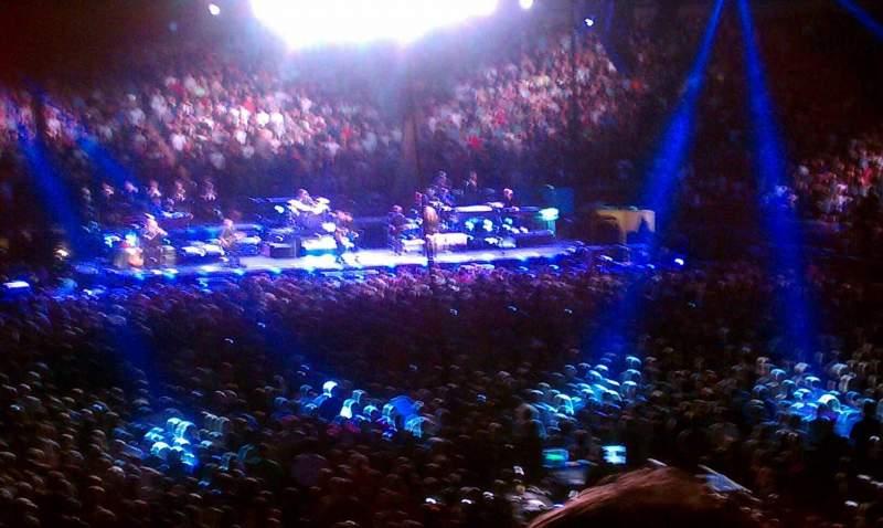 Madison Square Garden, sección: 101, fila: 15, asiento: 21