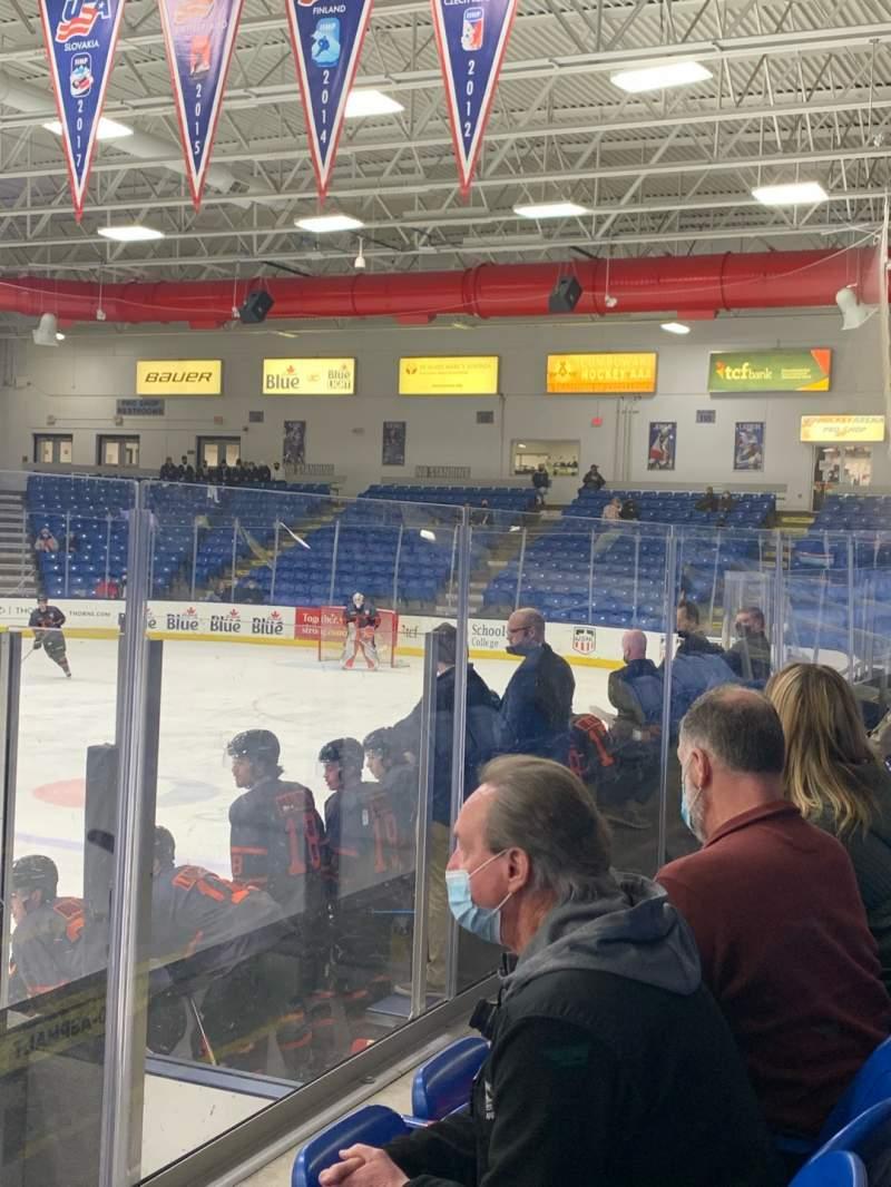 Vistas desde el asiento para USA Hockey Arena Sección 103 Fila F Asiento 9