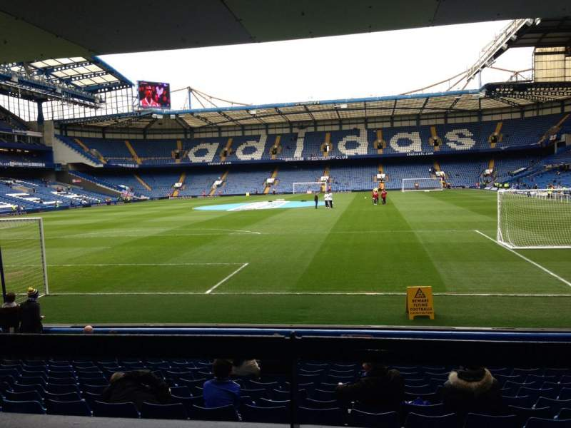 Vistas desde el asiento para Stamford Bridge Sección The Shed End lower Fila 15 Asiento 79